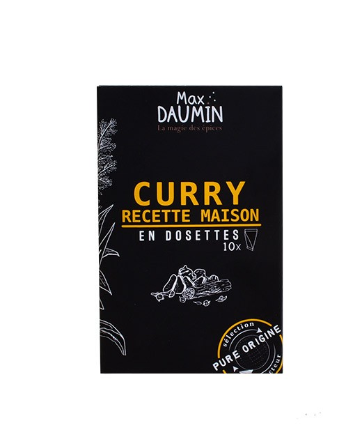 Homemade sweet curry - fresh pods - Max Daumin
