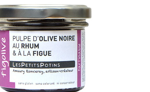 Black olive with rum and fig spread - Les Petits Potins