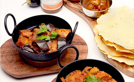 Spicy Mild Curry Sauce - Anila's